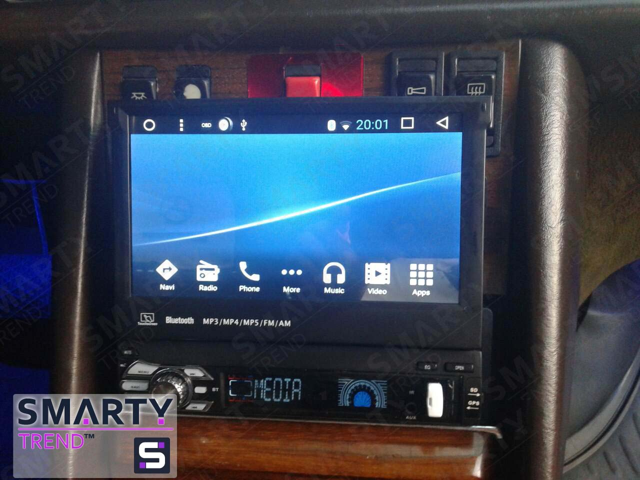 The SMARTY Trend head unit for Mercedes Benz W126