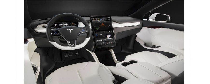 The Tesla Style head unit with a large vertical screen for Toyota Camry V55 Review